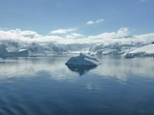 icebergs-337609_1280